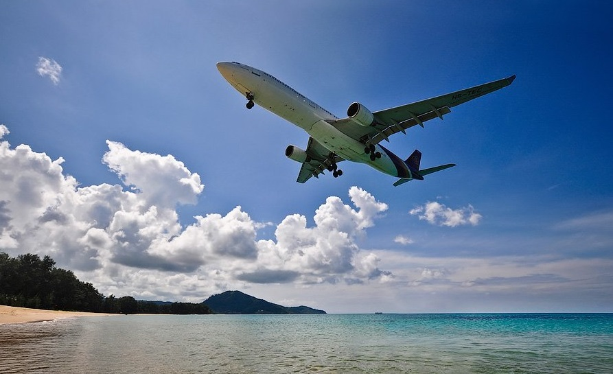 Сколько времени лететь таиланд